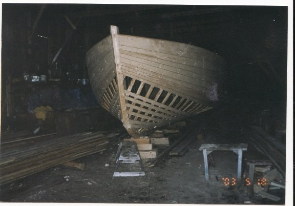 Norman Strickland's twenty-five foot fishing boat under construction in North Bay, 2003.